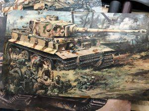 戦車プラモデルの箱