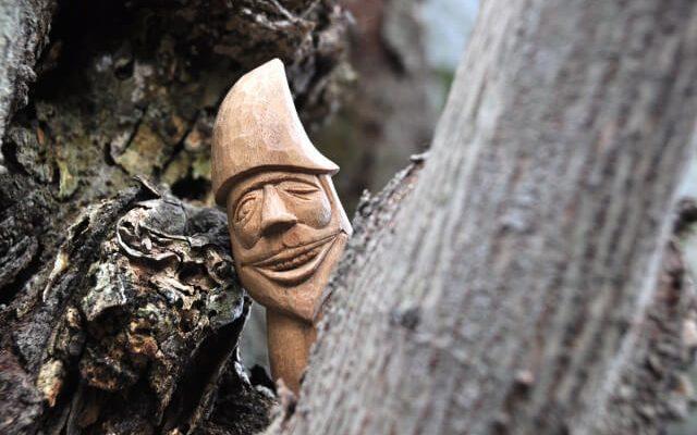木彫りの妖精1