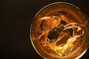 ウイスキー真上