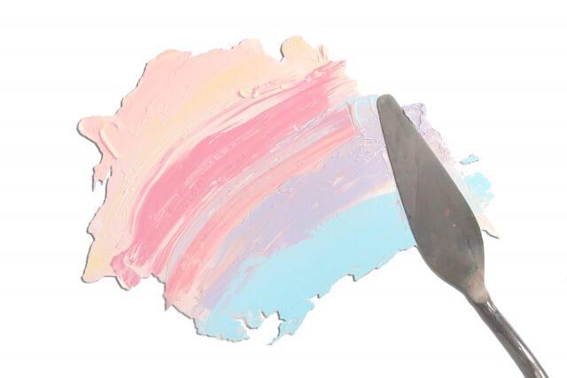 絵具とナイフ
